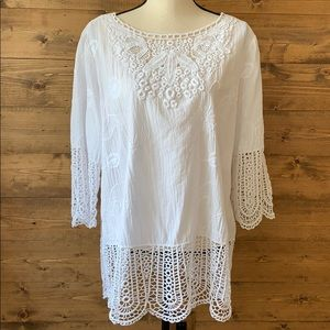 Chico's Size 2 Embroidered Lace Tunic Blouse. .
